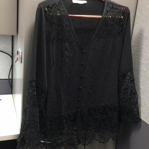 Solitaire 2X ButtonFront Black Crochet Trim Blouse